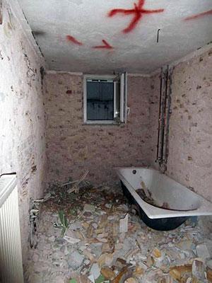 αποξηλώσεις-μπάνιων-ανακαίνιση
